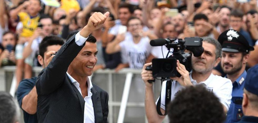 Cristiano Ronaldo: «Venir a la Juventus es un paso adelante»