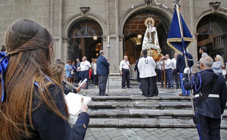 La parroquia de San José homenajea a la virgen del Carmen