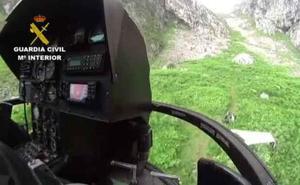 Rescatan a dos montañeras tras desorientarse y pasar la noche en Picos de Europa