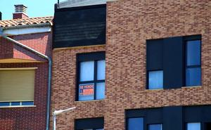La compraventa de pisos se moderó en el primer trimestre al crecer un 6,9%