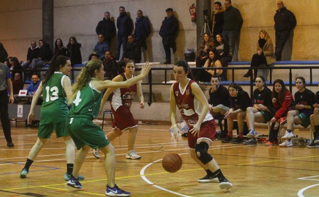 María Iglesias, avilesina del Innobasket, da el salto a Liga 2 con el Antuña Adba