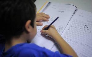Educación pide al profesorado evitar los deberes en vacaciones