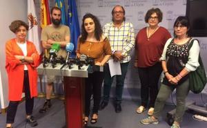Críticas al festival aéreo de Gijón: «No se puede hacer de la guerra algo lúdico»