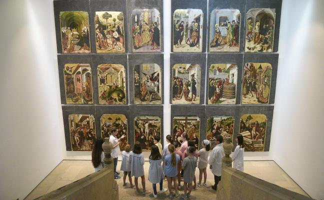 Los más pequeños experimentan con la luz y el color en el Bellas Artes