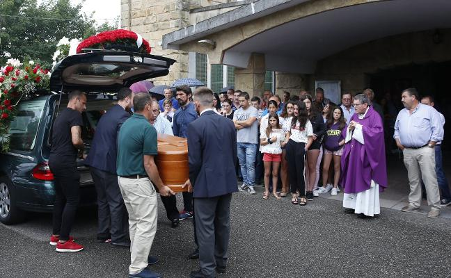 Emotivo adiós a Gonzalo Rubiera 'Rubi', el de El Tasqueru