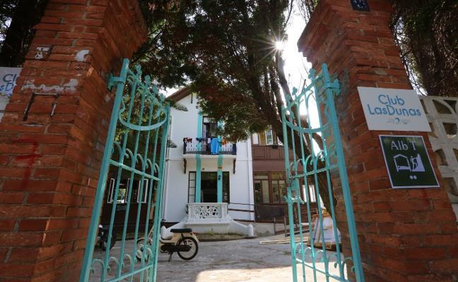El Ayuntamiento cortará los suministros a la casona de El Carmen de Salinas