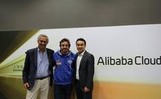 Fernando Alonso se alía con Alibaba para digitalizar kartings chinos