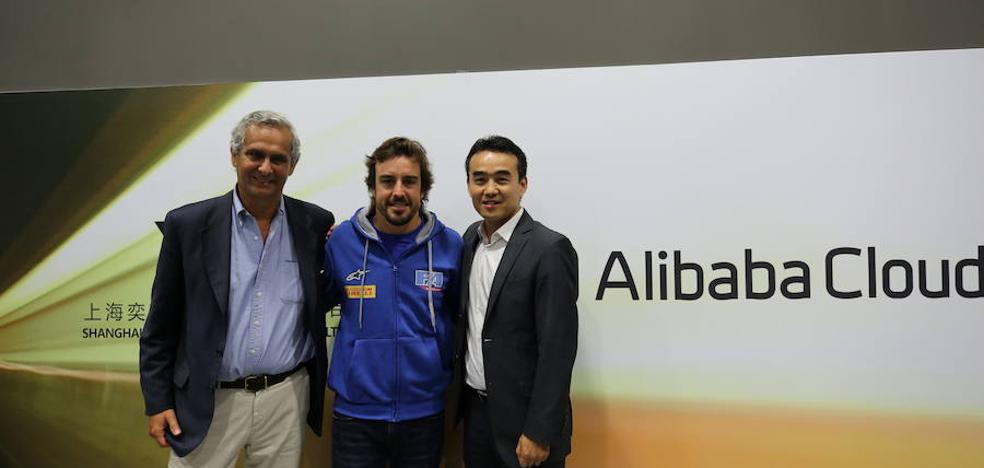 Fernando Alonso se alía con Alibaba para digitalizar kartings chinos