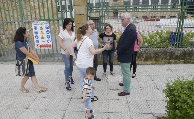 El PP denuncia el retraso en las obras de la cubierta del colegio Ventanielles