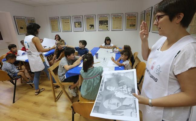 Los niños reinterpretan a la artista Maruja Mallo