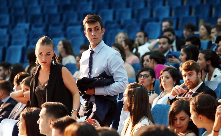 Graduación de los alumnos de Economía y Empresa