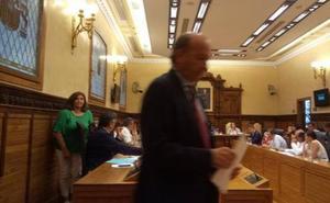 El PP respalda a los concejales que no votaron la declaración contra los carteles franquistas