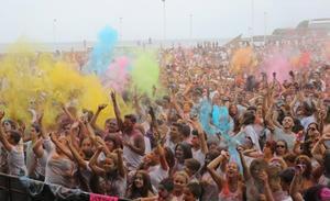 Todo lo que debes saber para disfrutar de la 'Holi Peace' en Gijón