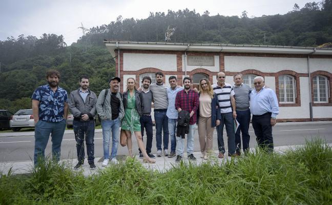 «Es imposible hacer cine solo en Asturias, hay que tener un pie aquí y otro allí»