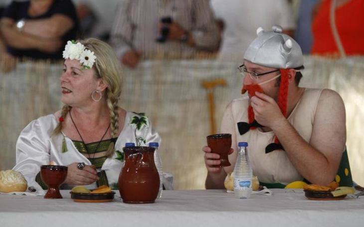 Setenta personas se 'fartucan' en el Intercéltico de Avilés