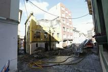 Se derrumba un edificio en el barrio gijonés de Cimavilla