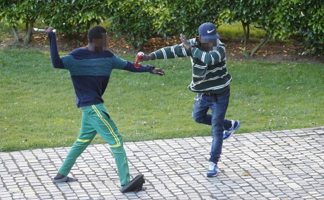 Dos detenidos y un herido por una trifulca en un parque de Gijón