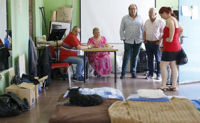 Dos desahuciados de La Camocha tendrán un «alojamiento de urgencia»