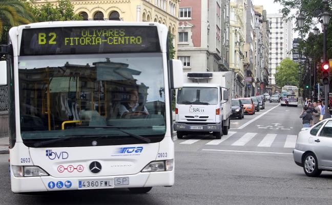 «La agilización de las rutas de autobús se queda coja sin la remodelación del Bulevar»