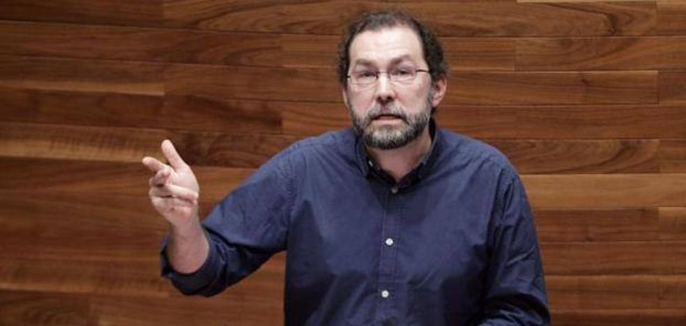 Emilio León dimite como portavoz de Podemos en la Junta