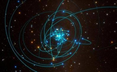 Einstein sigue teniendo razón, incluso junto a un agujero negro