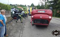 Dos heridos en un aparatoso accidente en Villaviciosa
