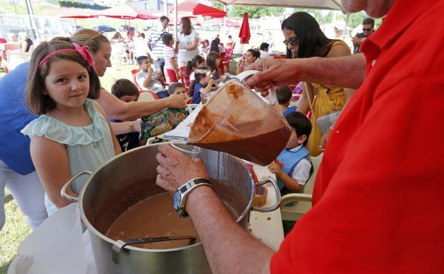 Montecerrao se baña en chocolate