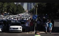 Los taxistas seguirán en huelga tras estimar «insuficientes» los avances desde el Gobierno
