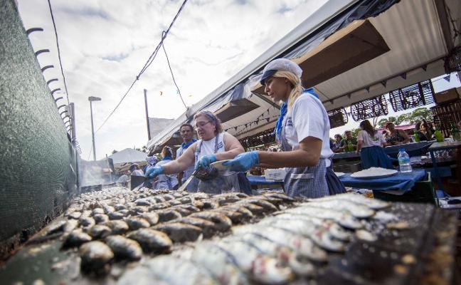 2.000 kilos de sardinas para San Félix