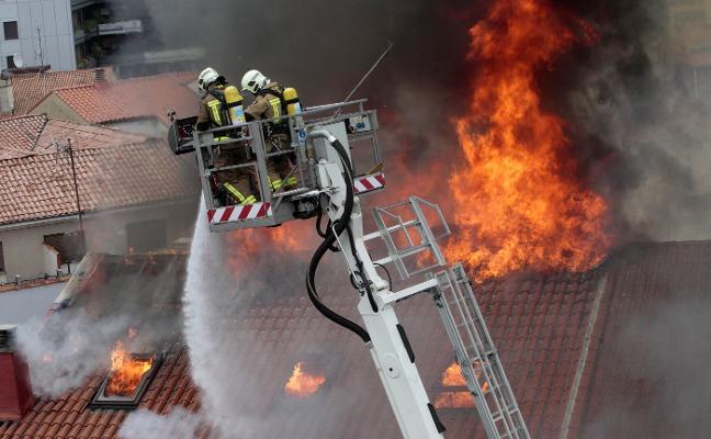 El TSJA deja a la familia del bombero fallecido en Uría sin indemnización