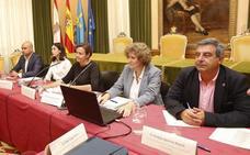 El Principado y el Ayuntamiento mantienen que el agua de las playas de Gijón es «apta» para el baño