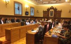 El Pleno gijonés se enreda con las inversiones por el pabellón deportivo para La Calzada