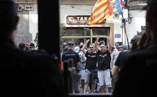 La Policía detiene a tres taxistas e investiga 60 denuncias por agresiones a vehículos y conductores VTC