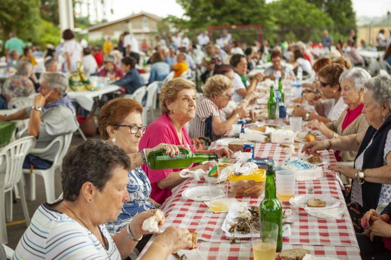 El Festival de la Sardina desborda Candás