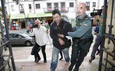 Condenan a dos años y medio de cárcel al atracador de Cangas de Onís