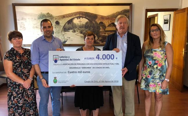 Donación para la asociación canguesa Emburria