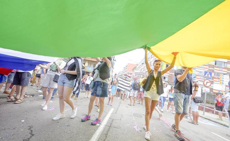 Descenso del Sella | Tradicional Desfile de tritones y bandas de gaitas