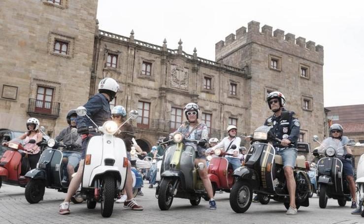 Las scooters se concentran en el Euroyeyé
