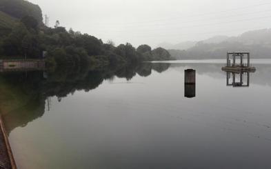 Los Alfilorios se encuentra a rebosar en pleno verano y los pantanos de Redes, al 95%