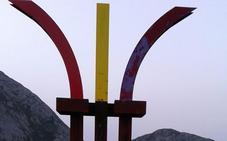 El monumento antifascista de El Mazucu aparece de nuevo destrozado y pintarrajeado