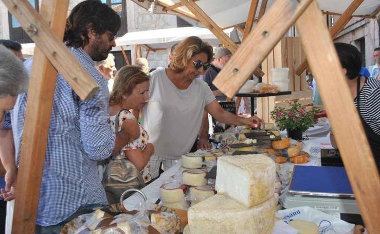 Los quesos del Oriente se degustan en Llanes