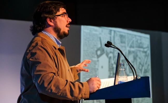 «Por Oviedo llegaron a pasar 25.000 peregrinos en 1481»