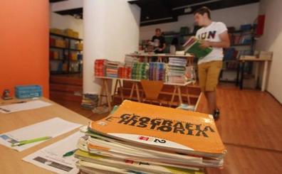 Concluye la primera fase del intercambio de libros de texto, con 4.685 ejemplares
