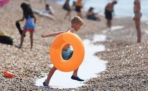 El peligro de los hinchables y los flotadores en el mar