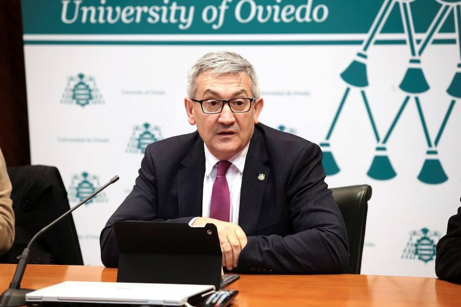 El rector plantea que el grado de Deporte se imparta en varias sedes