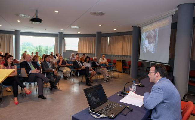 Miguel Calleja: «Hacer de Covadonga origen nacional es un tópico»