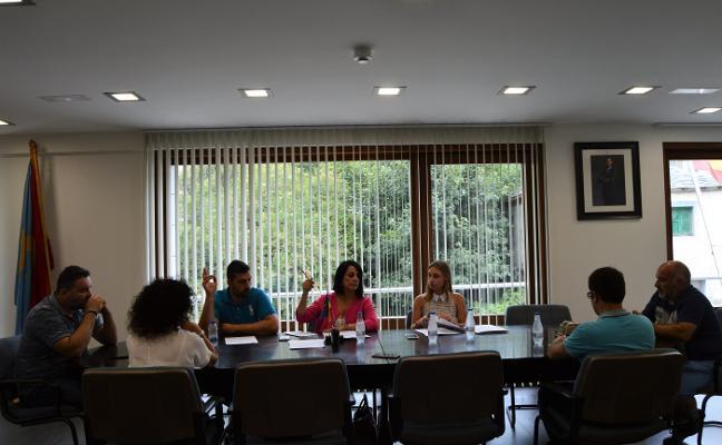 La socialista Araceli Soárez, elegida nueva alcaldesa de Degaña con solo dos votos
