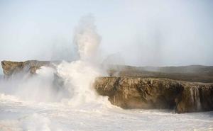Los bufones de Pría, una de las maravillas naturales de España, según 'National Geographic'