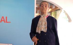 «Soy la reina de la Feria: desde hace 33 años vengo cada día»