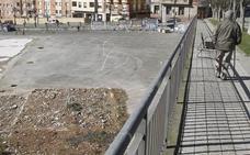 Piden que el solar del antiguo IES de San Lázaro se ceda para un aparcamiento provisional